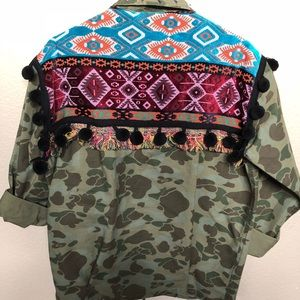 Camo with embroidery jacket ZARA